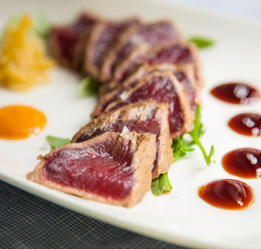 Comer en Tarifa - Tataki de lomo blanco de La Pescadería